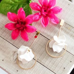 Bar and Flowers White Earrings